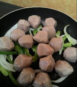 resepi membuat meatball goreng buat sendiri sedap