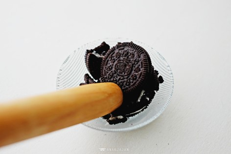 resepi brownies oreo mudah guna microwave 5 minit 6 bahan 04