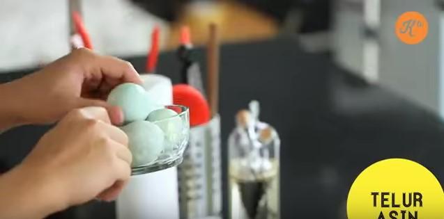 resepi sotong goreng tepung telur masin 07