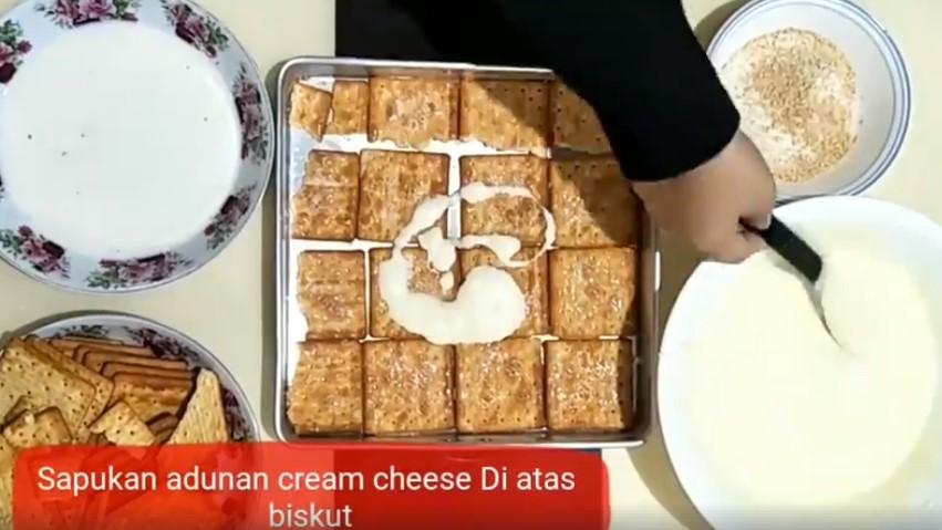 resepi cheesekut guna biskut cream cracker tanpa bakar 06